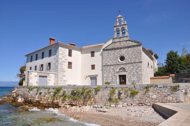 Kloster Glavotok am Meer